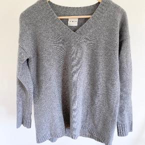 Anine Bing sweater