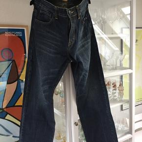 Herre Camel active jeans i flot mørk blå vask.