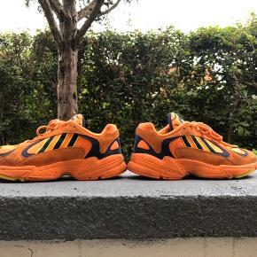 Adidas Originals Yung-1 Kun brugt 2 gange.  Fejler intet  Køber betaler fragt Ellers BYD.
