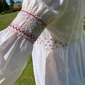 Fin lang skjorte, som også kan bruges som kjole om sommeren 🌸