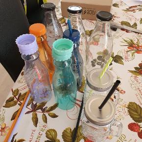 Fine flasker sælges  Drinks flasker  Med låg og til sugerør så man får dyr i 🌺🌺🌺🌺