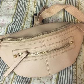 Rosa bæltetaske 🧚♀️