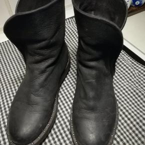 Lofina Støvler