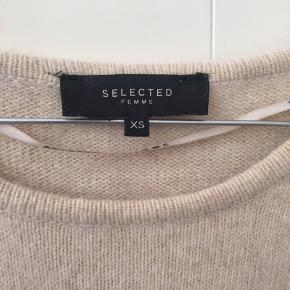 Fin bluse fra Selected brugt en gang i str. XS 🌼