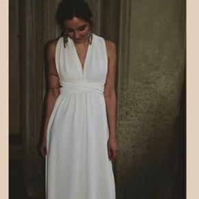 Fie Holm kjole, brugt 1 gang. Str onesize