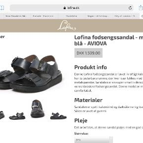 Varetype: Super fede Aviova fodsengs sandaler i lækker luksus kvalitet Størrelse: 37.5 Farve: Mørk blå /grå Oprindelig købspris: 1599 kr.  Brugt ganske få gange og i super fin stand