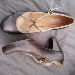 Mary B heels