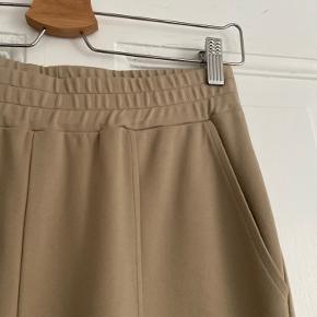 Fine bukser. Brugt få gange