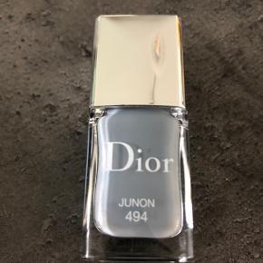 Smuk neglelak fra Dior Brugt en gang.