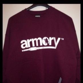 Nyt,aldrig brugt,Trøjer,hoodie,sweater armory survival gear size L .Købt i san diego.