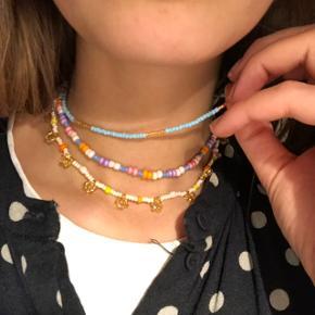 💮Halskæder med perler seadbeads og miyuki  💮 Prisen er pr styk 65kr inkl Porto Spørg for størrelser
