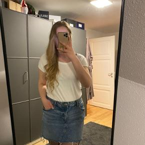Demin nederdel fra H&M
