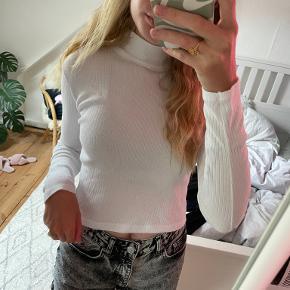 Brandy Melville bluse