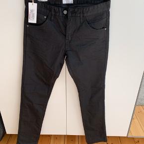Helt nye sorte Lindberg Jeans  Fejlkøb  NP 500.-