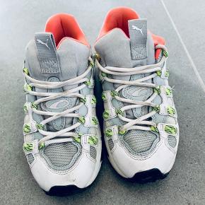 Fede puma sneakers str 37.