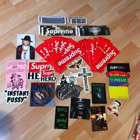 Supreme stickers. SS/14 til SS/17 Badebold  BAPE kondomer + æske