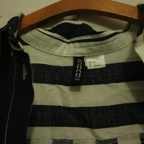 Aldrig brugt skjorte, i ny stand.