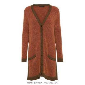 Varetype: Lækker cardigan, strik Farve: Orange Oprindelig købspris: 2500 kr.  Lækker strik mohair cardigan. Stor i størrelsen.