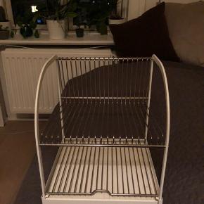 Opvaskestativ fra IKEA. Kan stadig købes i butikkerne.