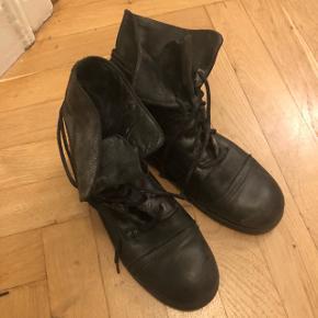 Støvle fra Billi Bi - fin stand - bud tages