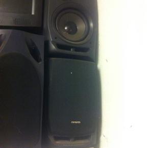 En masse forskellige højtalere