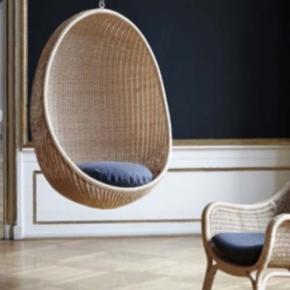 Smukkeste Nanna Ditzel Egg chair sælges  Brugt meget meget få gange og har blot hængt til pynt.  Sælges med kæde (ophæng) samt original mørkegrå hynde.  Nypris var omkring 12.500,-  Den har ingen brugstegn mm:)   Kan hentes i Jylland eller mødes på halvvejen et sted