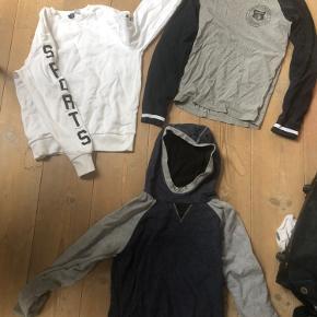 Den hvide h&m trøje 50kr CARHARTT LONGSLEEVE 100kr Hoodie - 50kr