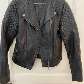 Black Lily jakke