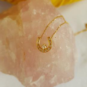 Horse shoe design necklace med ægte diamanter 4°C 18 karat guld stemplet Adjustable chain 40-44 cm