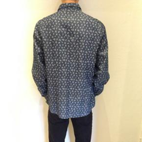 Mønstret skjorte i denim look, fra Asos  Størrelse: large