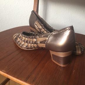Ib Balschmidt heels