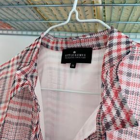 Little Remix kjole str. 16 (svarer til str. Xs/Small)  Nypris 1400kr