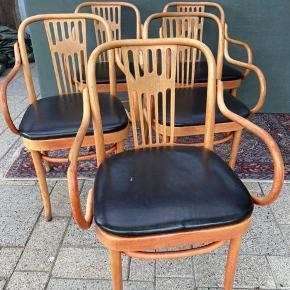 5 vintage stole. Lidt slid på læderet og lidt løse skruer hist og her. Herfra prisen. Prisen er samlet for dem alle.  Kan leveres i Kbh.