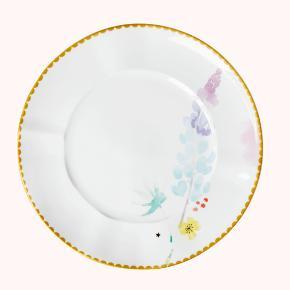 "BYTTER IKKE Jeg har 8 stk. sælger dem samlet. Hvid porcelænstallerken med det skønneste ""lupin"" blomsterprint og smuk guldkant. De kan både gå i opvaskemaskinen, fryseren, ovnen og mikroovnen! Wow!"