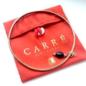 Carré armringe - 3 forskellige  Forgyldt og i rigtig flot stand.  Kan købes samlet eller hver for sig. Pose til hver medfølger!   Pris pr. stk