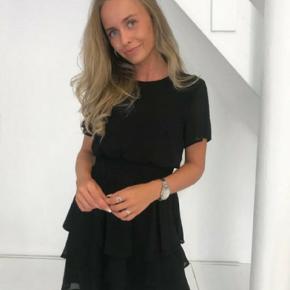 Pæn sort kjole