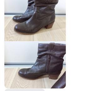 Robert Vianni støvler str 40 sælges