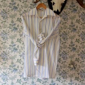Smuk hvid herreskjorte i bomuld med gule og blå striber 🇸🇪