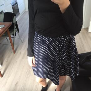 Wrap nederdel str. S/M fra frakment. Nypris 300kr