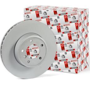 Disques de frein avant , neufs jamais utiliser et encore dans la boîte de origine. Boîte en carton un peux déchirer, parce que au moment du transport le carton se déchirer , et quand j'ai essayé monter sur ma voiture j'ai vu que ça allait pas vu le diamètre. Mais sont complètement neufs..  Les informations des disques sont sur les fotos.