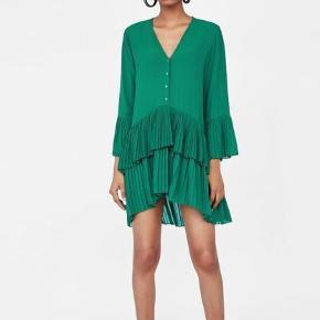 Zara green pleated tunic dress str.L #30dayssellout