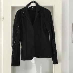 Nü jakke