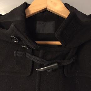 Lækkert klassisk duffelcoat sort str. xxxs Fin stand.