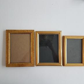 """🤓LÆS """"HANDELSBETINGELSER"""" 👇INDEN HENVENDELSE🤓  *BYD 🤸♀️  """"Guld"""" rammer i træ ~~ Mål:  🖼16,5×21,5cm         (jeg har 2 stk.) 🖼21×16cm               (jeg har 1 stk.) 🖼18,5×13,5cm         (jeg har 2 stk.)   🌸 HANDELSBETINGELSER 🌸  💙 BETALING VIA MOBILE PAY 💙 💚 Varen går til først betalende. 💛 Bytter/refunderer ikke/tager ikke varer retur. 🏠Hentes på Amager, tæt på Bella Center. 📮eller sendes på købers regning med Dao/Gls med mindre andet er aftalt. 📸 jeg sender altid billede af pakken samt forsendelses oplysninger.  VED AFHENTNING: Udlevering af vejnavn når du er på vej. Resten af adr. får du, når du er her. Bliver tit brændt af - på forhånd tak for forståelsen!🏡  Slået op flere steder.   * Ønskes en TS handel kommer der TS gebyr oveni prisen."""