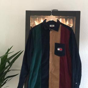 Sindssyg lækker Tommy Hilfiger skjorte/overshirt perfekt til efteråret