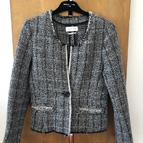 Smuk klassisk blazerjakke fra Isabel Marant. Jakken er aldrig brugt og forhandles stadig i butikken.