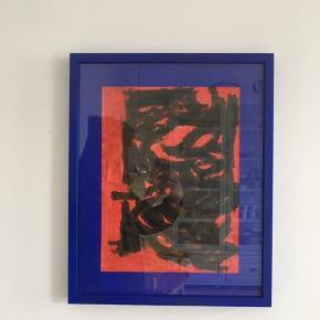 Billede med ramme, 40 x 50 cm.   Ramme og passepartout i skarp blå, A3 billede indeni er af akvarel, akryl og farveblyanter.