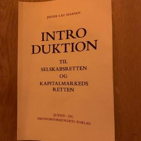Introduktion til selskabsretten og kapitalmarkedsretten  ISBN: 978-87-574-3312–8 9788757433128  Fin bog, med svage gule overstregninger