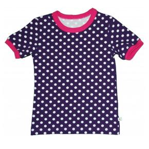 Brand: Eget design - Vibserarius Varetype: T-shirt Farve: Lilla,  hvid og pink Denne vare er designet af mig selv.  Fra egen produktion:  T-shirt med korte ærmer str. 98.  Lilla baggrund med hvide prikker. Pink ribkant.  Materialerne er bomuldsjersey og bomuldsrib. 92 % bomuld og 8 % elasthan. Jerseystoffet er Øko-Tex 100 certificeret.  Det anbefales at vaske tøjet ved 30 grader og undgå tørretumbling.  Se også mine andre annoncer med lækkert børnetøj.  Venlig hilsen Vibserarius
