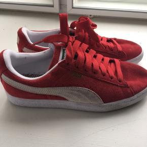 Super fede puma sko. Jeg har gået med dem 1 gang :)   JEG SENDER IKKE!  Bor på Frederiksberg